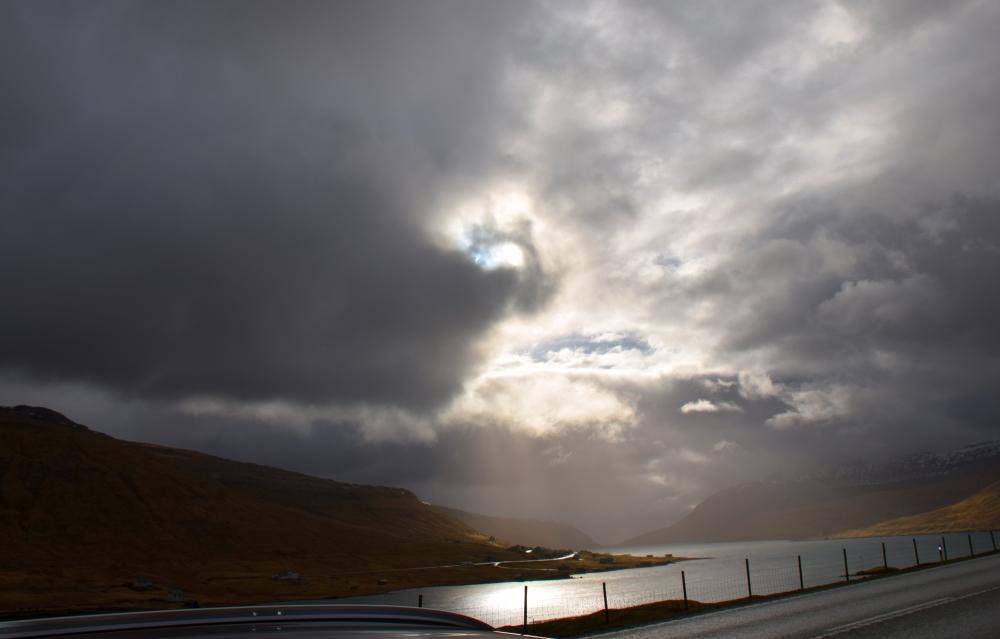 Solformørkelse ved Hvalvik på Streymoy